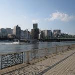 気持ちのいい散歩道。隅田川テラス