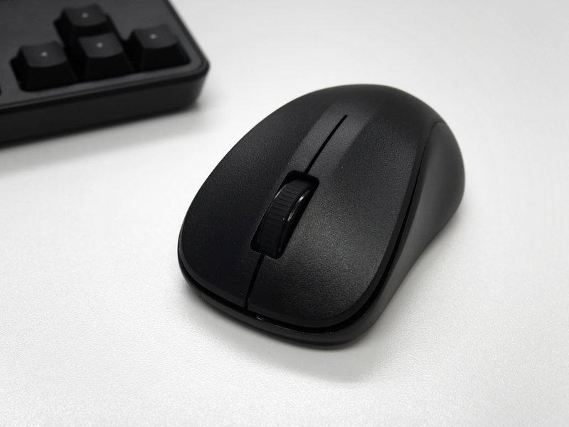TK-FDM105MBKのマウス