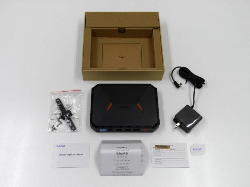 CHUWI HeroBoxのパッケージ内容