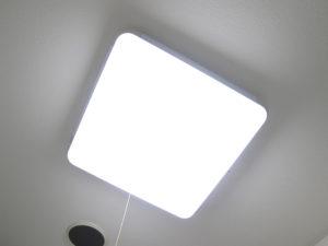 露出を固定してライトを撮影