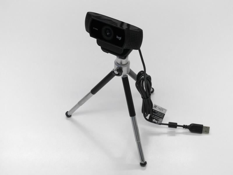 Logicool C922n Pro Stream Webcam付属の卓上ミニ三脚